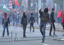 Belçika sokakları savaş alanına döndü