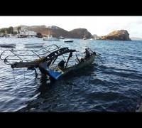Bodrum'da yıldırımın isabet ettiği tekne yandı