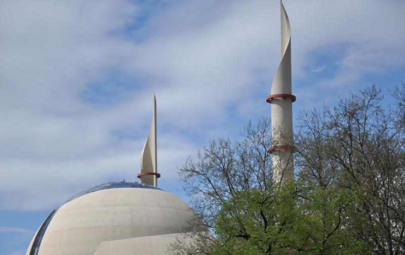 Köln Merkez Camii'nde