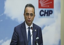 CHP Sözcüsü Tezcan: Siyasetin görevi güzel bir gelecek yaratmaktır