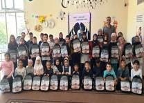 DİTİB'ten öğrencilere kitap ve çanta hediye