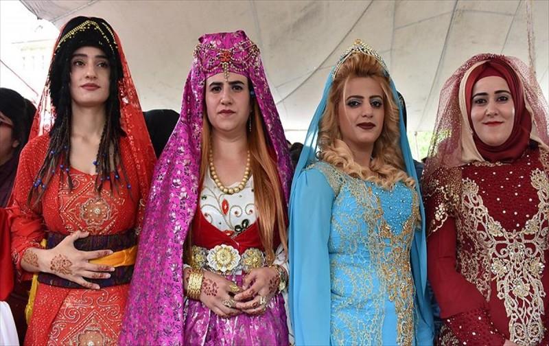 Doğuda kadınların vazgeçilmezi: Kıras fistan
