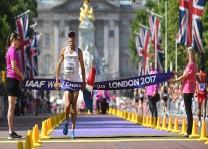 En yaşlı dünya şampiyonu atletten rekor