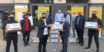 Abdürrahim'de okula 30 bin maske