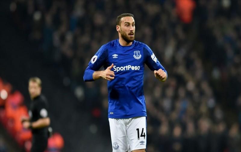 Everton`a 3 puanı Cenk Tosun getirdi