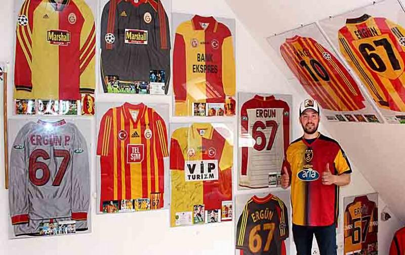 Galatasaray hasretini formalarla gideriyor