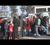 Halep'teki sivillerin tahliyesi sürüyor