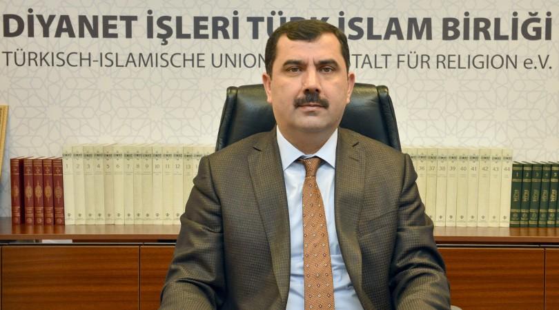 Genel Başkan Kazım Türkmen'den Berat Kandili Mesajı