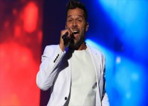 Ricky Martin`den yeni single