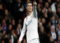 Ronaldo`dan Rohingyalı çocuklara destek