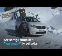 Sarıkamışlı sürücüler 'kar çorabı' ile yollarda