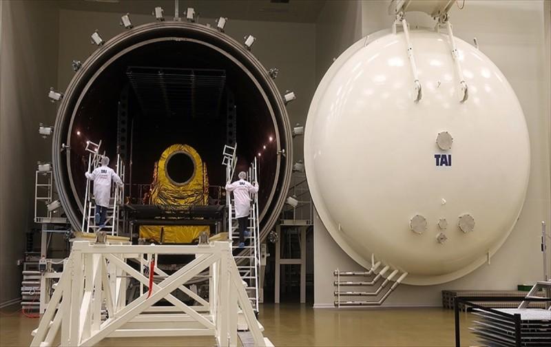 Türkiye'nin ilk uydu merkezi kapılarını AA'ya açtı